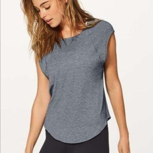 Lululemon Plank To Pike Short Sleeve Top 8 Gray